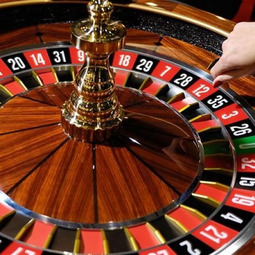 Se dispara el número de usuarios de casinos online. La afluencia a casinos tradicionales disminuye.